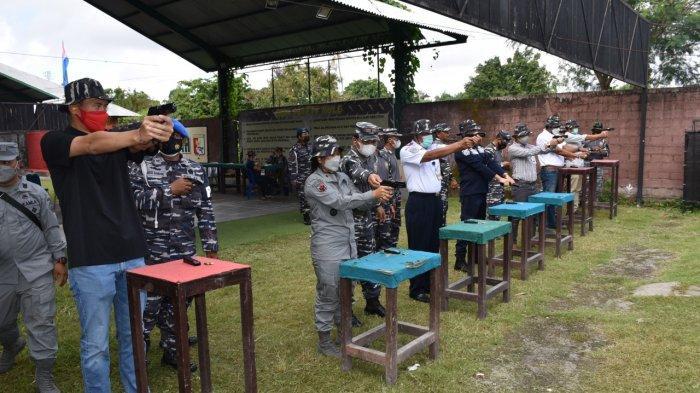 Danlanal Denpasar Ajak Para Pejabat Pemerintahan dan Stakeholder Latihan Menembak Bersama