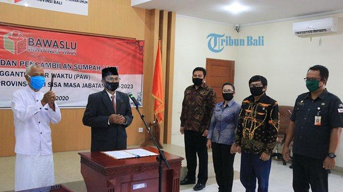 Sunadra Resmi Gantikan Raka Sandi, Dilantik Secara Online dalam PAW Komisioner Bawaslu Bali