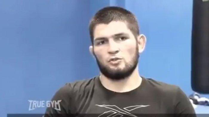 Khabib Nurmagomedov Bisa Kembali ke UFC, Namun Butuh Restu Ibunya