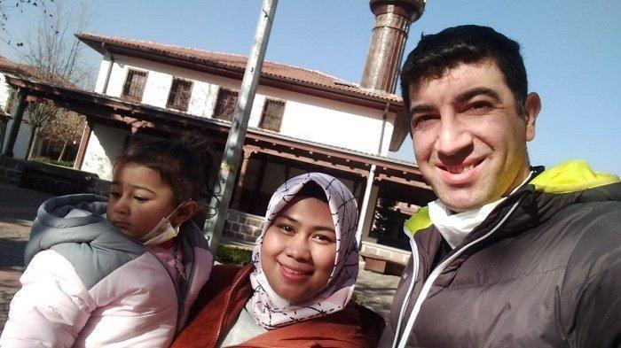 Kisah Cinta Intan dan Polisi Asal Turki Berawal dari Facebook, Kini Bahagia dengan Satu Anak