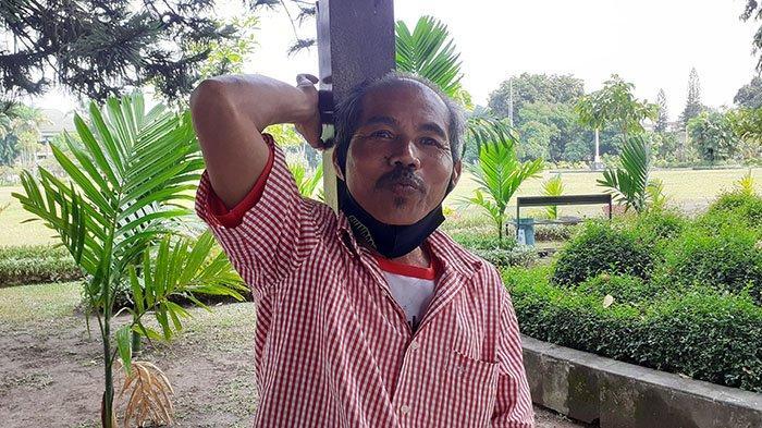 KISAH Wayan Jaya, Pedagang Asongan yang Jadi Pemandu Wisata Museum Bali, Kini Jualan Batu Akik