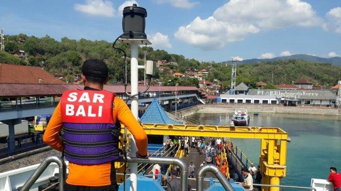 Kmp Parama Kalyana Kandas Sebelum Sempat Sandar Di Padang Bai Tribun Bali
