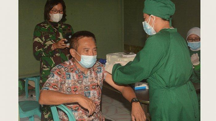 Kodam IX/Udayana Mulai Fokuskan Vaksinasi Kelompok Lansia