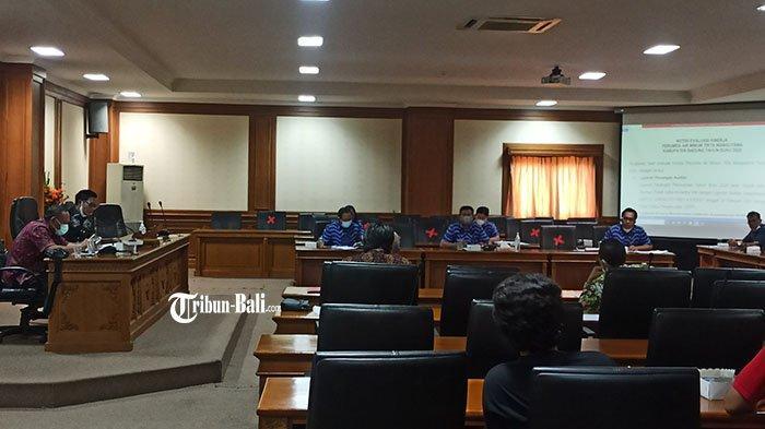 Dewan Soroti Kinerja Perumda Air Minum Tirta Mangutama, Rugi Rp13,9 M Pegawai Masih Terima Tunjangan