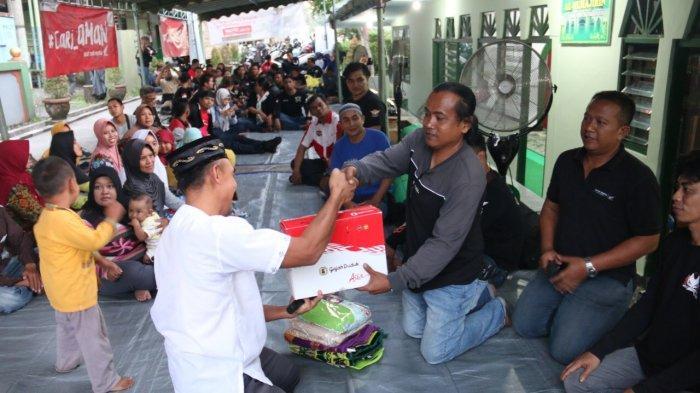 Komunitas Honda Bali Lakukan Kegiatan Sosial Bersama Bikers Soleh