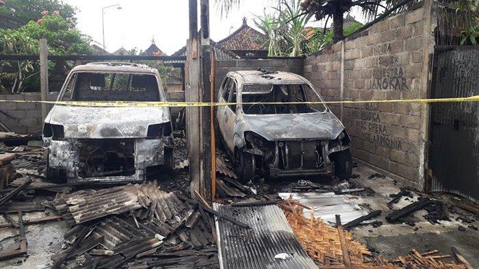 Kebakaran Garase di Tabanan, Dua Unit Mobil Hangus Terbakar, Sudarya Sempat Selamatkan Satu Mobil
