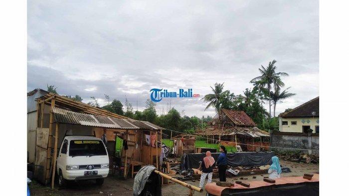 Atap Rumah Terbang Diterjang Angin di Klungkung Bali, Kusniyah Selamatkan Diri di Bawah Tempat Tidur