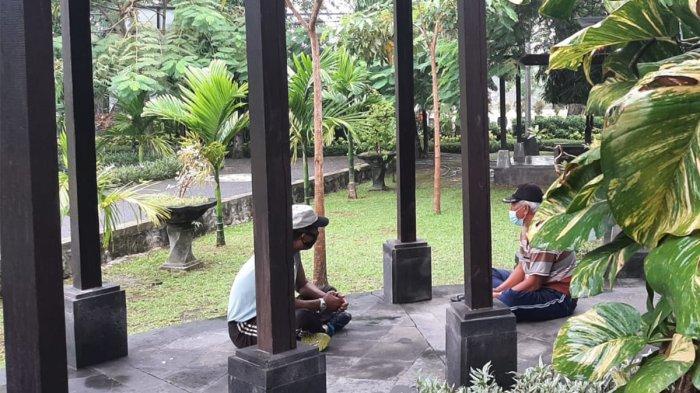 Taman Kota Sewaka Dharma Lumintang Tetap Dikunjungi Meskipun Tutup Karena PPKM Jawa Bali