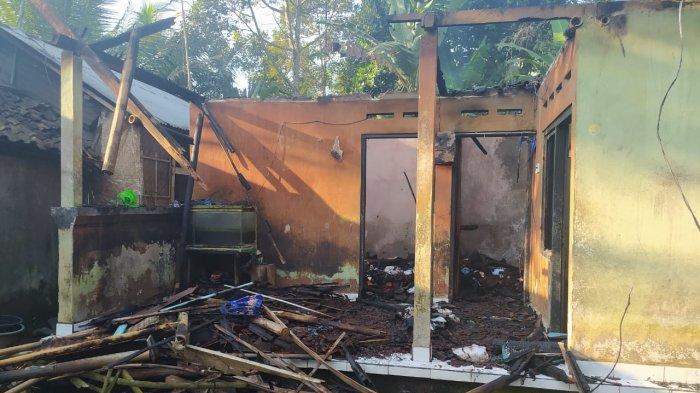 Konsleting Listrik, Rumah Sudiartama Hangus Terbakar di Karangasem Bali, Alami Kerugian Rp 150 Juta