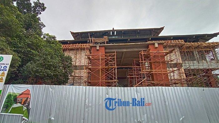 Bata Merah Style Bali Sudah Mulai Terpasang, GOR Debes Tabanan Direncanakan Selesai Akhir Tahun 2021