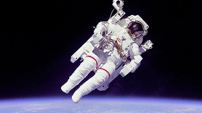 Rusia Mulai Vaksinasi Covid-19 kepada Para Kosmonaut, WHO Kirim Penyidik ke China
