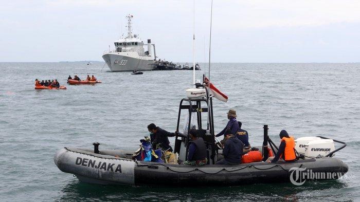 Cerita 3 Nelayan Dengar Suara Dentuman dan Air Laut Naik 15 Meter Saat Jatuhnya Sriwijaya Air SJ 182