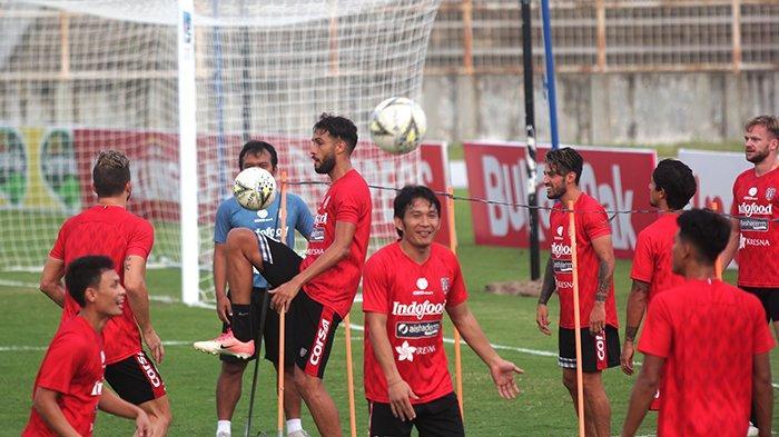 Orah atau Dias Turun Lebih Awal Laga Kontra Perseru Badak Lampung FC