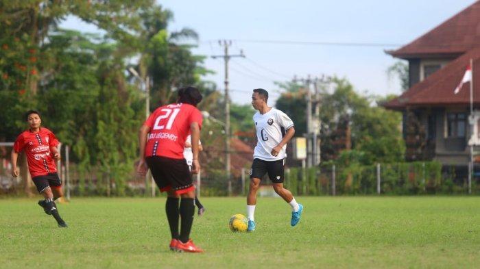 Kembali FC Melali ke Bangli, Berbagi Gol Lawan Kubu Legends