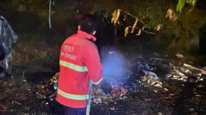 Lahan Berisi Tumpukan Sampah di Denpasar Bali Terbakar, Beruntung Tak Merembet ke Bangunan Warga