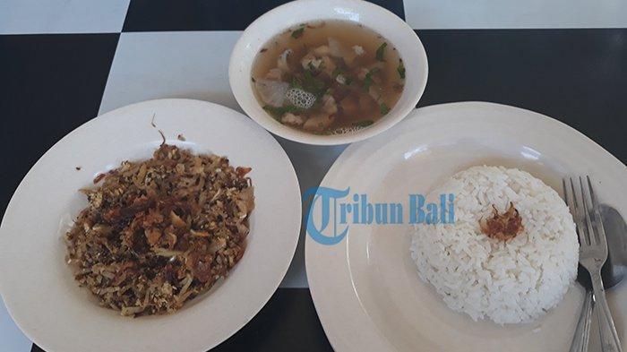 Mencicipi Lawar Soto Babi, Perut Kenyang & Ramah di Kantong