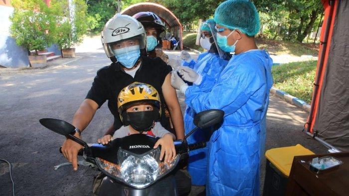 Proses Cepat, Banyuwangi Vaksinasi Covid-19 Drive Thru