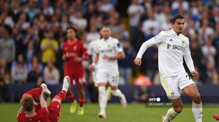 Kabar Terkini Bintang Muda Liverpool, Alami Patah Kaki Usai Ditekel Horor Pemain Leeds United