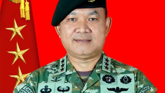 Pangkostrad Tak Bisa Nolak Bongkar Patung Penumpasan PKI, yang Meminta Letjen (Purn) AY Nasution