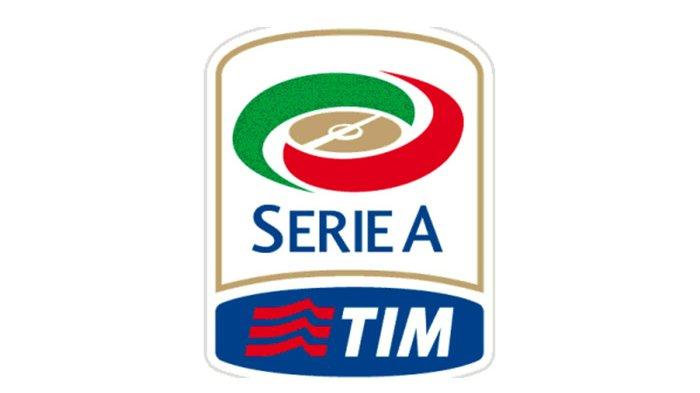 Parma Pecat Pelatih Roberto D'Aversa, Kiper Pepe Reina Gabung Lazio