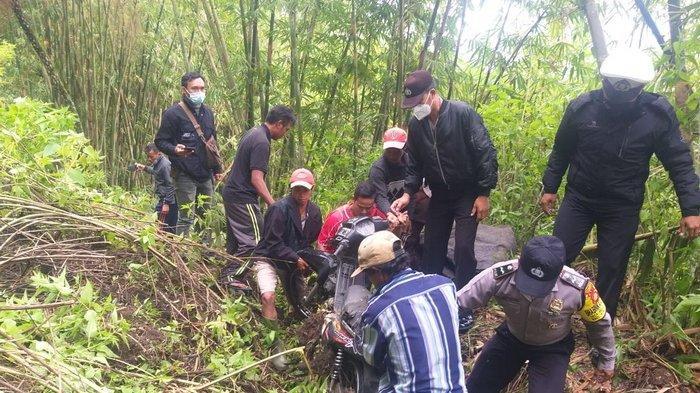 Lima Pengendara Jadi Korban Longsor di Bangli Bali, Begini Kondisinya