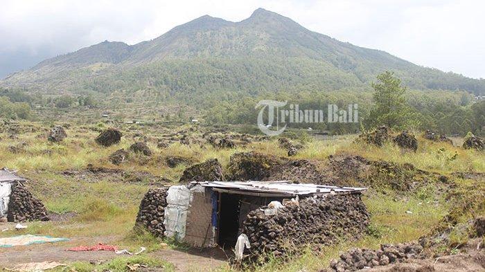 Kisah Luh Ariani Tinggal di Rumah Batu Kaki Gunung Batur, Hanya Mandi Ketika Hujan