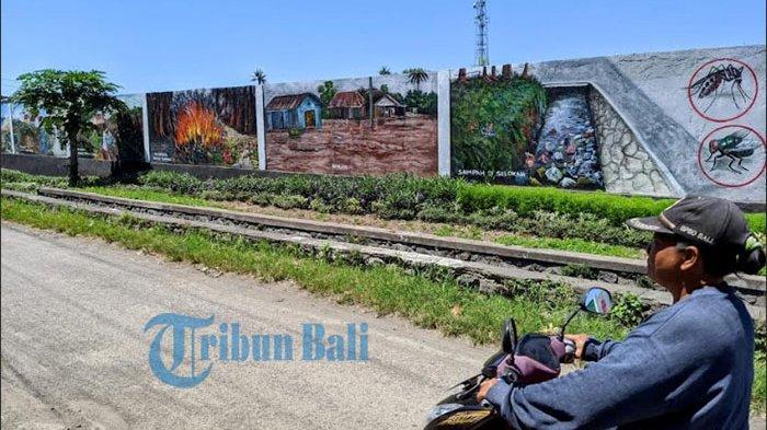 Mural Sepanjang 300 Meter di Tembok TOSS Center Klungkung,Kritik Oknum yang Buang Sampah Sembarangan