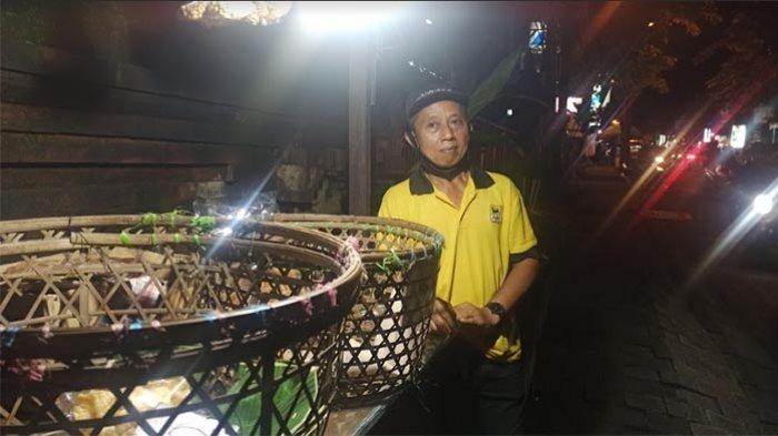 Terkait SE PPKM Mikro di Badung, Pedagang Nasi Jinggo Made Supada: Sejak Dulu Sudah Jualan Take Away