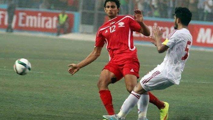 Pelatih Persebaya Aji Santoso Perkenalkan Striker Timnas Palestina Mahmoud Eid
