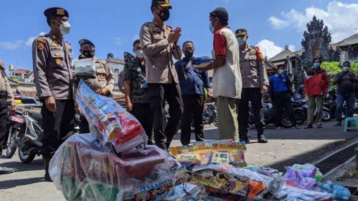 Kisah Nengah Linga, Penjual Mainan di Pasar Semarapura Klungkung, Pulang Bawa Uang Hanya Rp 10 Ribu