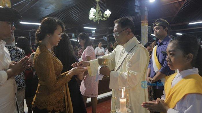 Operasi Lilin Agung Polda Bali Perketat Pengaman Malam Misa dan Natal, Secdor Beri Rasa Aman Jemaat