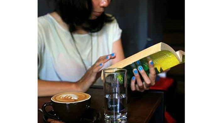 Manjakan Pencinta Kopi, Helmen Coffee Hadirkan 16 Menu Racikan