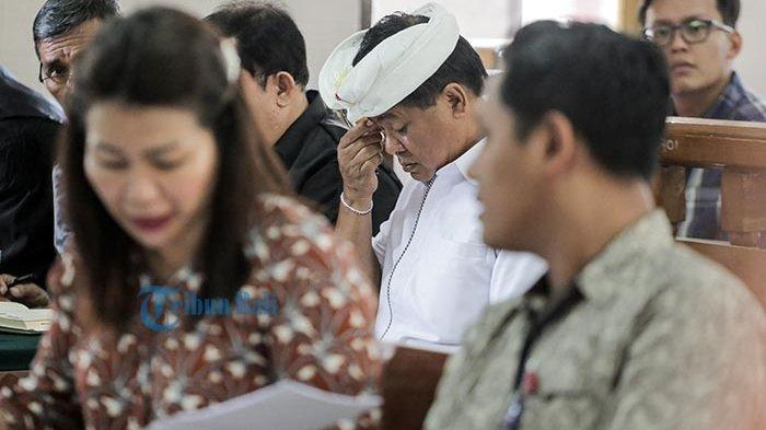 Saksi dari BCA Benarkan Sudikerta Buka Rekening, Hakim Minta Eks Kepala BPN Badung Ini Dihadirkan