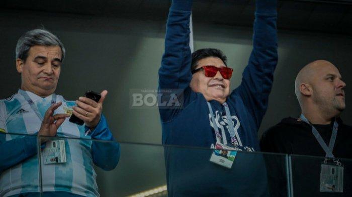 Usai Saksikan Laga Dramatis Argentina VS Nigeria, Diego Maradona Langsung Dilarikan Ke Rumah Sakit