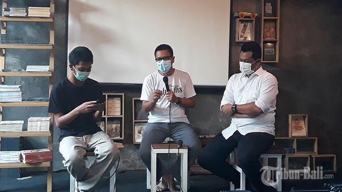 Ketika Dokter dan Dosen Berbagi Proses Kreatif Menulis Fiksi di Komunitas Mahima Singaraja
