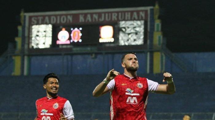 Selebrasi Marko Simic usai mencetak gol di laga perempat final Piala Menpora 2021 kontra Barito Putera di Stadion Kanjuruhan, Malang, Jawa Timur, Sabtu, 10 April 2021.