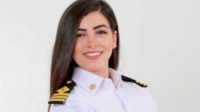 Mengenal Sosok Marwa Elselehdar, Kapten Kapal yang Disalahkan dalam Krisis Terusan Suez