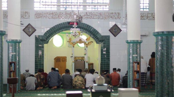 Satgas Buleleng Izinkan Shalat Tarawih Berjamaah di Masjid, Jumlah Jamaah Dibatasi 50 Persen