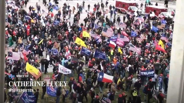 Serikat Pramugari Minta Pendukung Donald Trump Dilarang Naik Pesawat Komersial