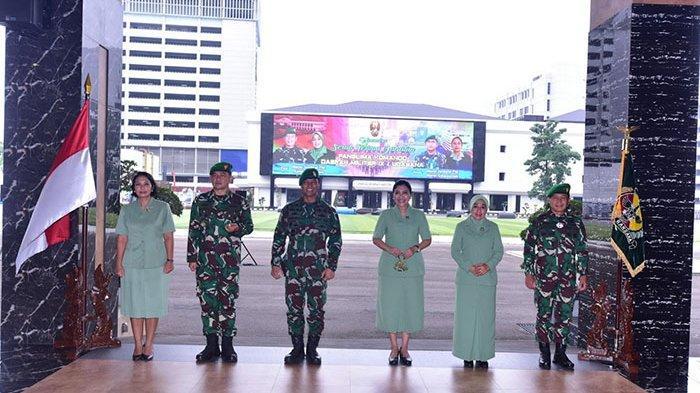 Mayjen TNI Maruli Simanjuntak Terima Jabatan (Sertijab) Pangdam IX/Udayana bersama para Pejabat Perwira Tinggi TNI AD lainnya berlangsung di Mabes Angkatan Darat, Jakarta, pada Senin (23/11/2020)