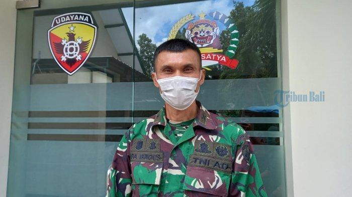 Kapenrem 163/Wira Satya Undang Rombong Pedagang Nasi Goreng Sambil Bahas Peran Vital Babinsa TNI AD