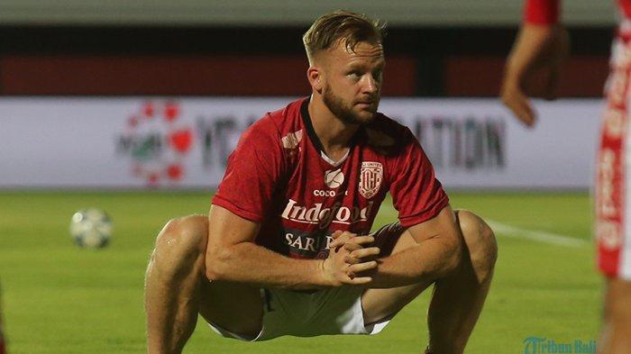 Kondisi Terkini Striker Bali United Melvin Platje, Belum Bisa Tampil Lawan Persib, Ini Komentar Teco