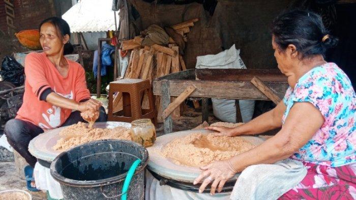 Kisah Nyoman Sudana, 15 Tahun Usaha Tepung Sagu Bali, Kini Harus Bersaing dengan Pembuat Tuak
