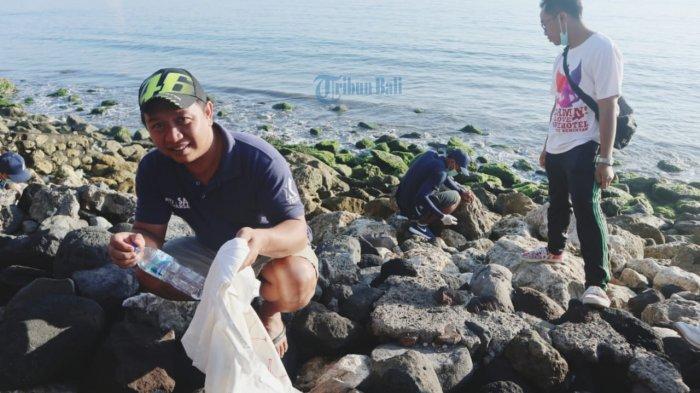 Archipelago International Bali Bersihkan Pantai Matahari Terbit Dari Sampah Plastik