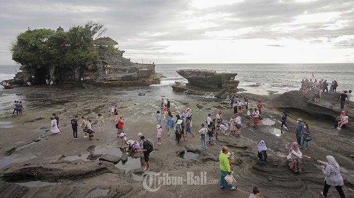 Kunjungan Wisatawan Saat Libur Nataru ke Bali Mencapai366.666Orang, Koster: Angkanya Bagus