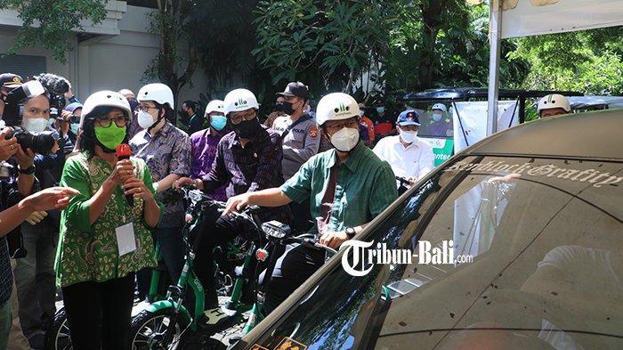 5.000 Pekerja Parekraf Bali Akan Divaksin Covid-19, Menkes Tinjau Pelaksanaan Vaksinasi Drive Thru