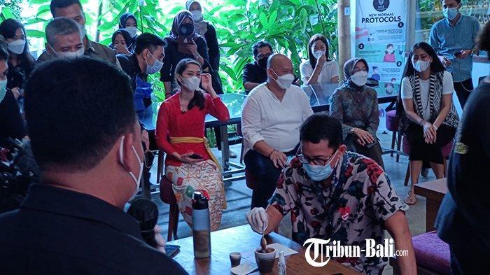 Menparekraf Sandiaga Inginkan Produk Cokelat dan Aromaterapi dari Bali Sampai ke Mancanegara