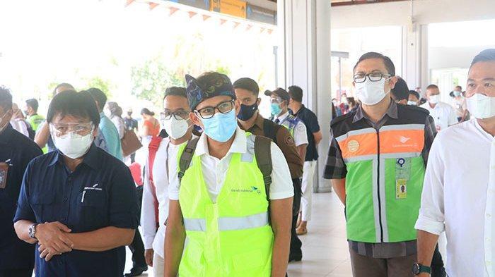 Menparekraf Kunjungi Bali, Pastikan Protokol Kesehatan Diterapkan secara Ketat Selama Libur Nataru