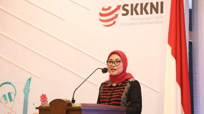 Menteri Ketenagakerjaan, Ida Fauziyah, saat memberikan sambutan pembukaan pelatihan bahasa Jepang secara daring bagi CPMI Tahun 2020 di Ruang Serbaguna, Kemnaker, Jakarta, Jumat (14/8/2020).