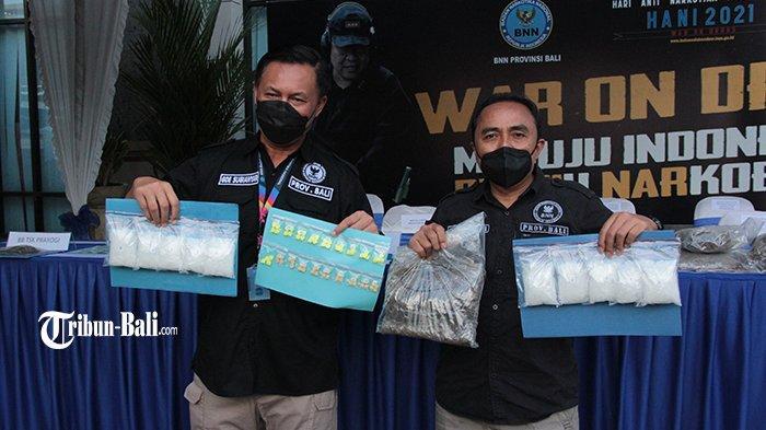 BNNP Bali Terima Beberapa Kilogram Ganja Tak Bertuan dari Sejumlah Perusahaan Jasa Titipan